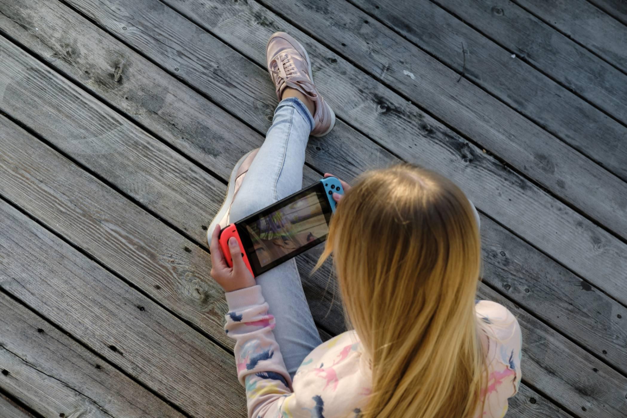Nintendo Switch Pro с 4К OLED екран, който пести батерията идва през тази година
