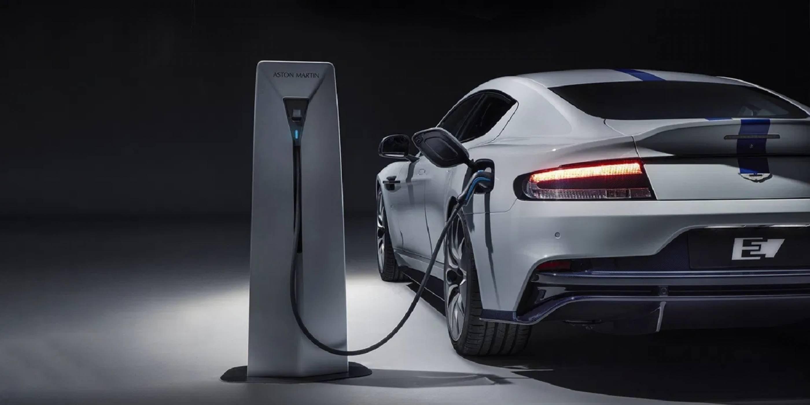 Aston Martin обеща мощен и SUV е-модел през 2025 г.