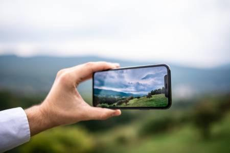 Без перископна камера за iPhone поне до 2023 година