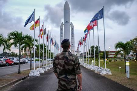 Междузвездни войни в действие: Франция започва обучение