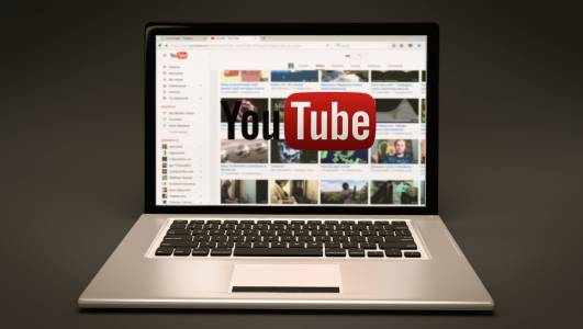 YouTube почва да крие негативните вотове за някои клипове
