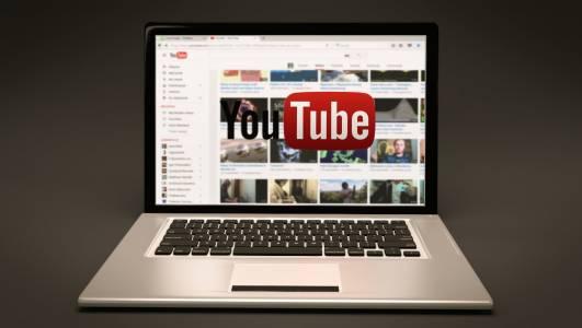 YouTube отново е най-популярната платформа за социални медии