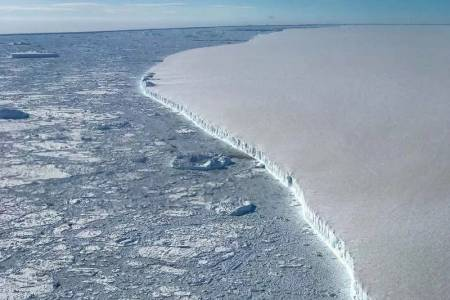 Леден апокалипсис от Антарктика заплашва да разбуни световния океан