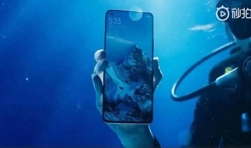 Xiaomi Mi 11 Ultra разопакован под водата (ВИДЕО)