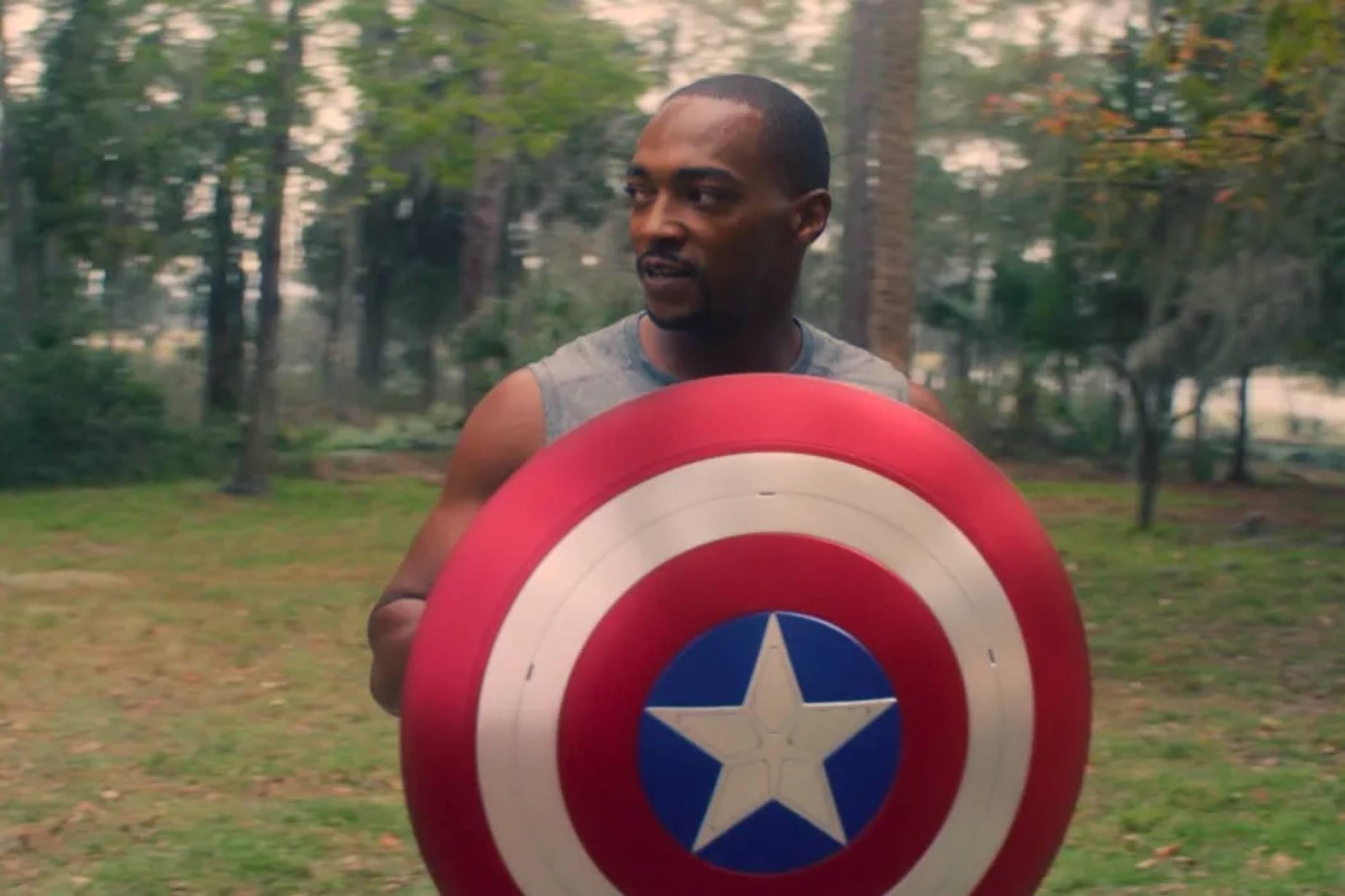Създателят на The Falcon and the Winter Soldier прави следващия Captain America филм