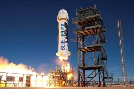 Първият космически турист на Blue Origin ще излети на 20 юли