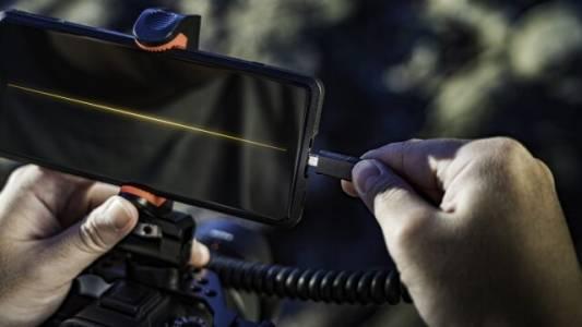 Насоченият към фото и видео професионалистите Sony Xperia PRO вече е наличен в Европа