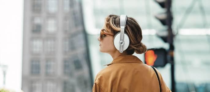 Бутиковата аудио марка Sennheiser продадена на компания за слухови апарати