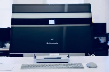 Как да подобрим скоростта на интернета си, ако сме с Windows 10?