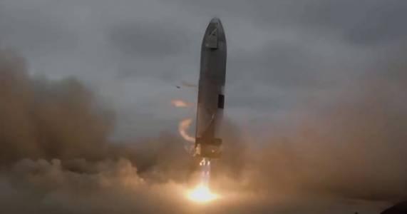 SpaceX пусна епично видео от последното изстрелване на Starship (ВИДЕО)