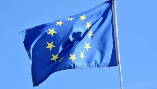 ЕС планира цифров портфейл за плащания, пароли и лични карти