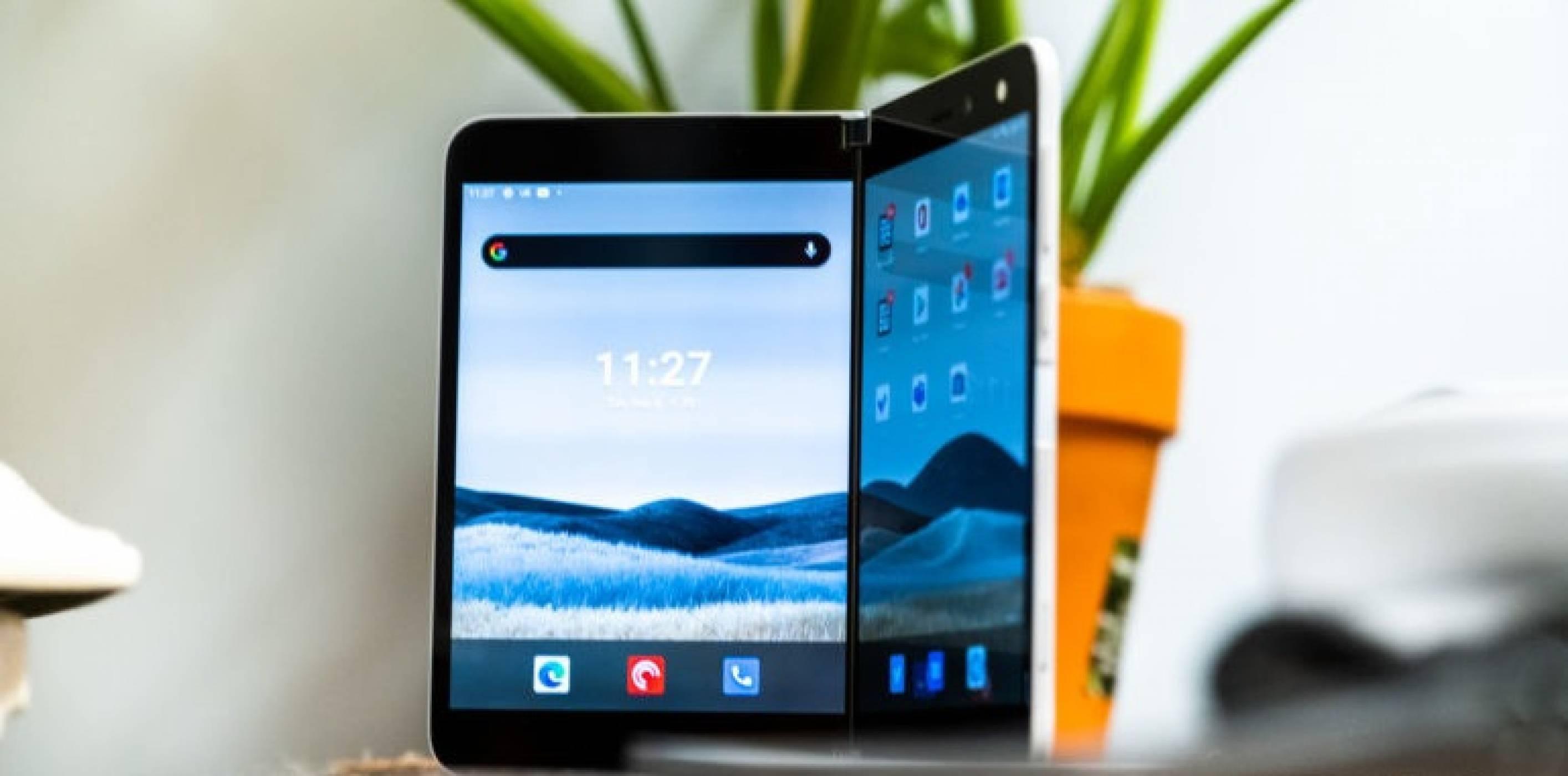 Следващият Surface Duo телефон може да се появи още през есента