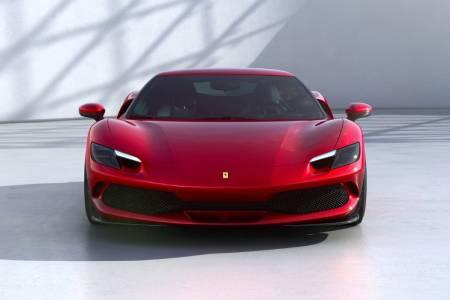 Бързичко, червеничко, електрическо-вижтеновияфутуристиченхибрид наFerrari