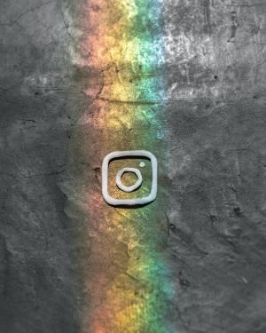 Instagramсеопитвадазащитипрофилитенанепълнолетнипотребители