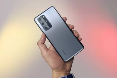 Могъща четворна камера придава нужната тежест на Huawei P50 Pro