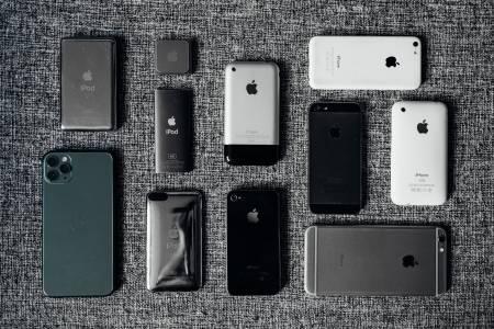 Гъвкавият iPhone е все още на поне 2 години от нас