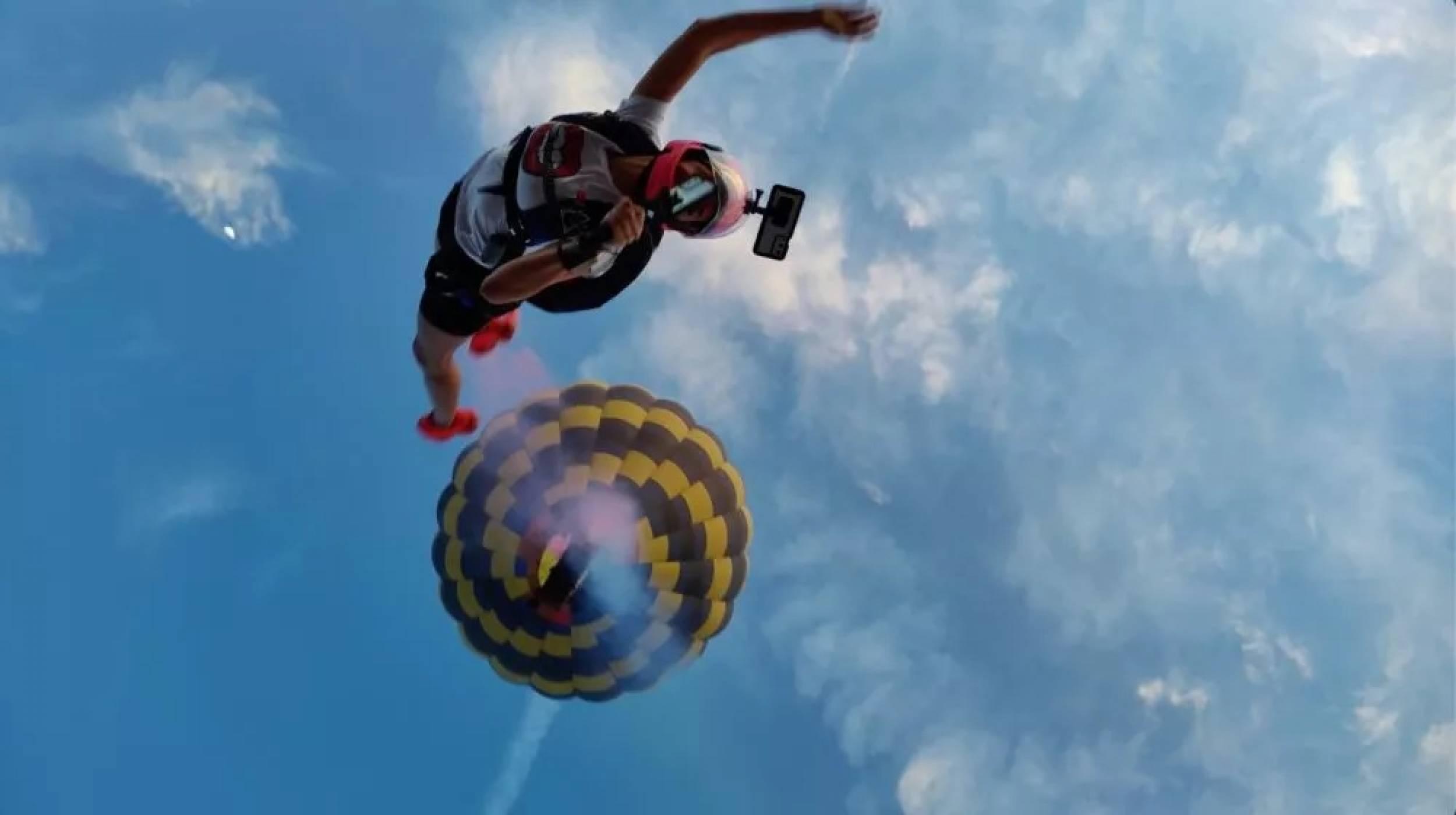 OnePlus 9 скача с парашут, за да ви убеди, че камерата му струва