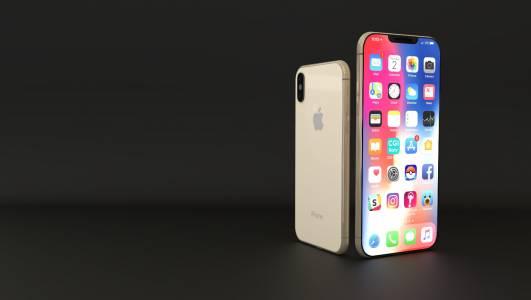 Делът на iPhone падна до четвърто място в очакване на новия iPhone 13