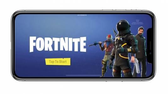 Epic иска Apple да пусне отново Fortnite за iPhone