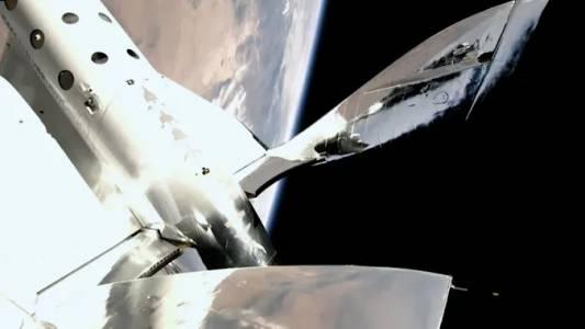 Първият комерсиален научен полет на Virgin Galactic е забавен за октомври