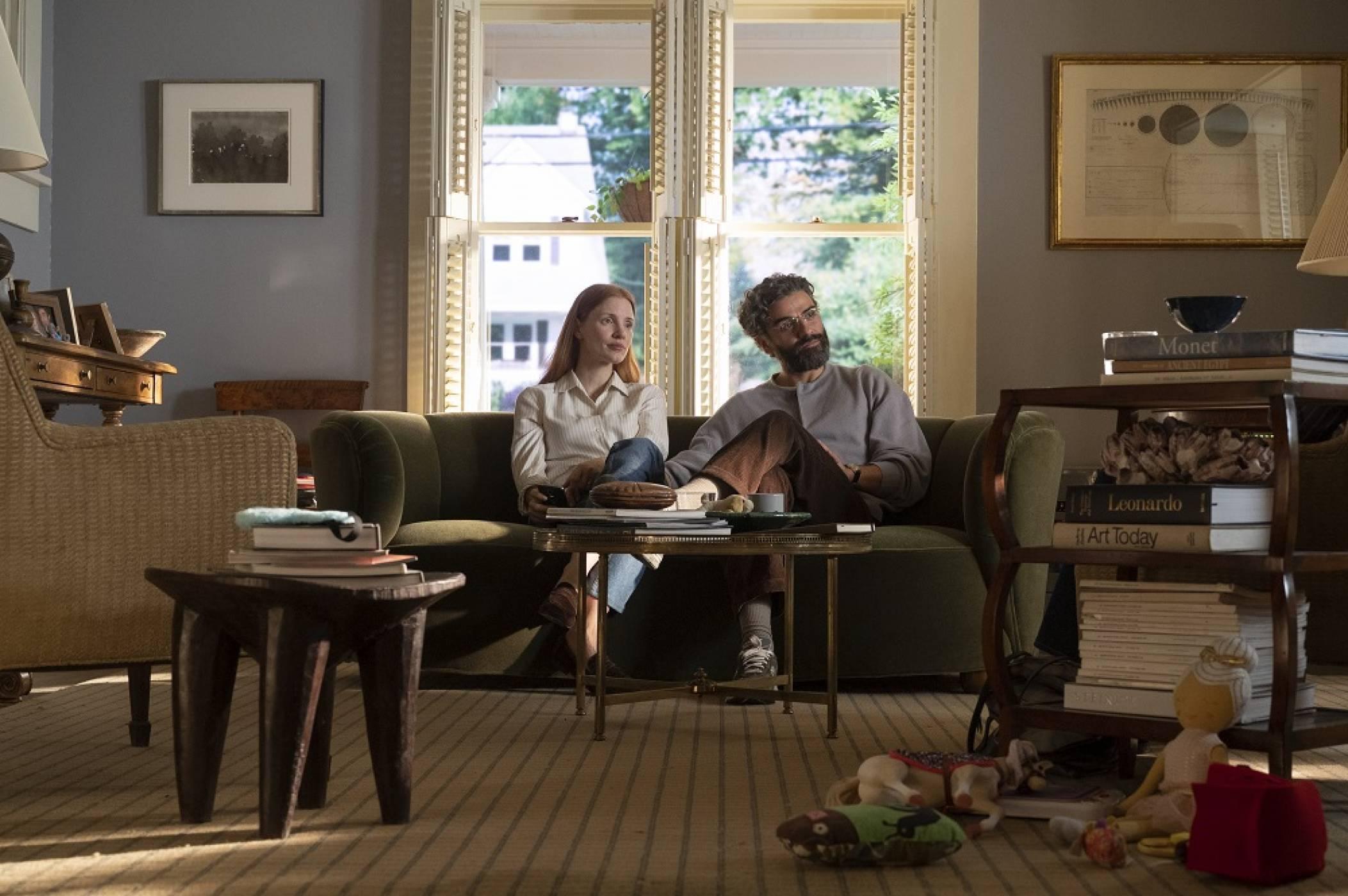 """Джесика Частейн и Оскар Айзък в """"Сцени от един семеен живот"""" от днес в HBO GO"""