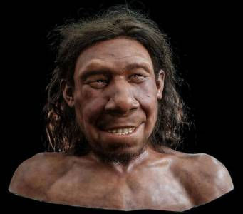 Този неандерталски симпатяга завладя интернет (ВИДЕО)