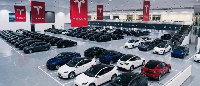 Четвърт милион нови Tesla вървят по пътищата през Q3