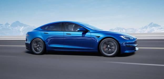 На крилете на рекордна година Tesla вдигна цените на Model S и Model X
