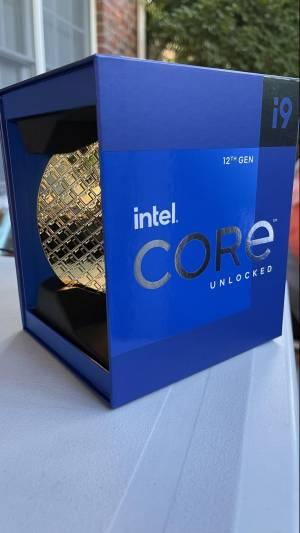 Новите процесори на Intel започват да пристигат преди официално обявената дата